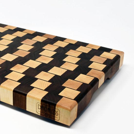 Daidalos-Design-tagliere-legno-artigianale-Selene-01